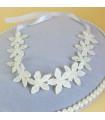 coiffe mariée bandeau cheveux fleurs Blanche